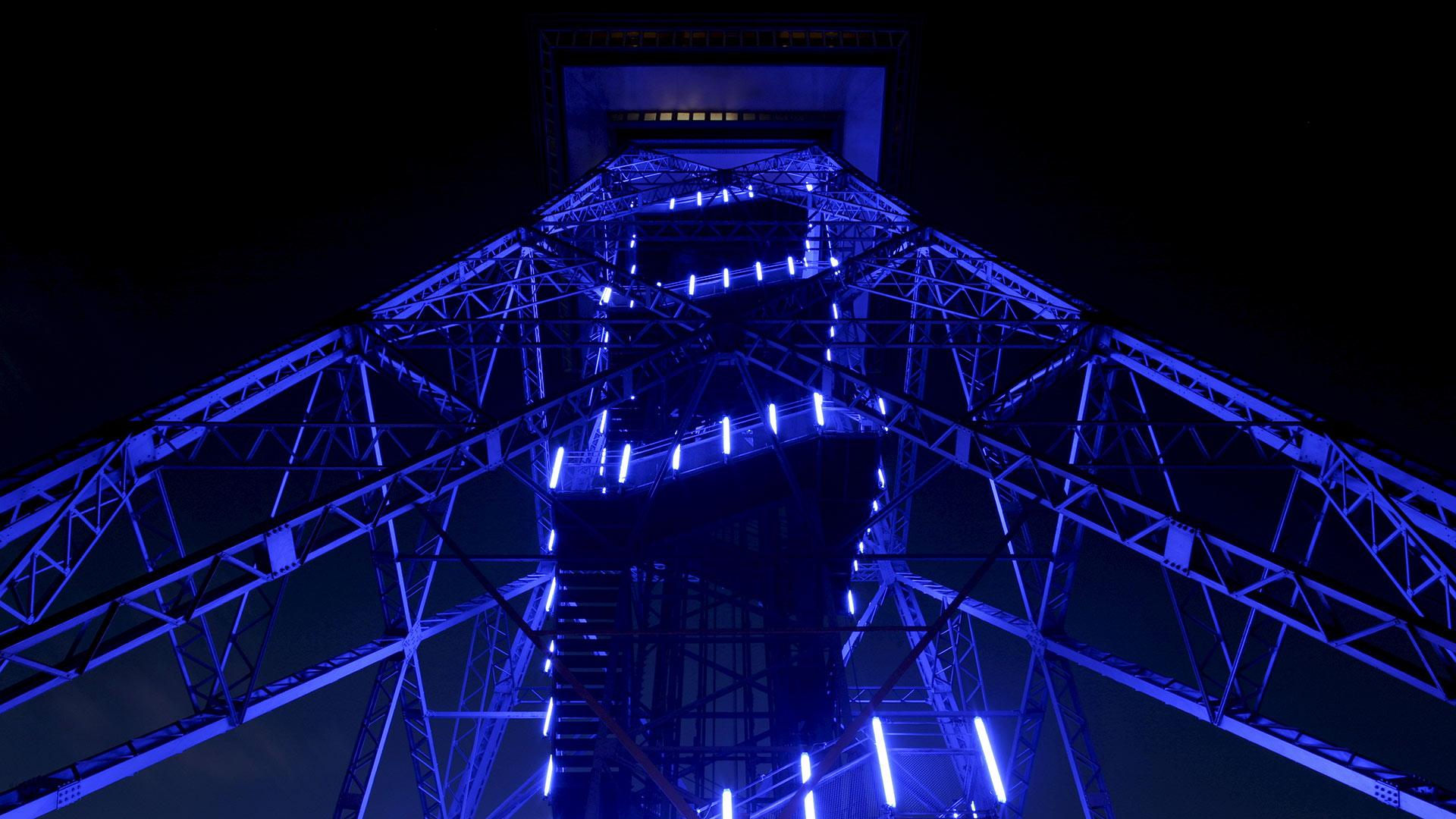 B Funkturm Nacht