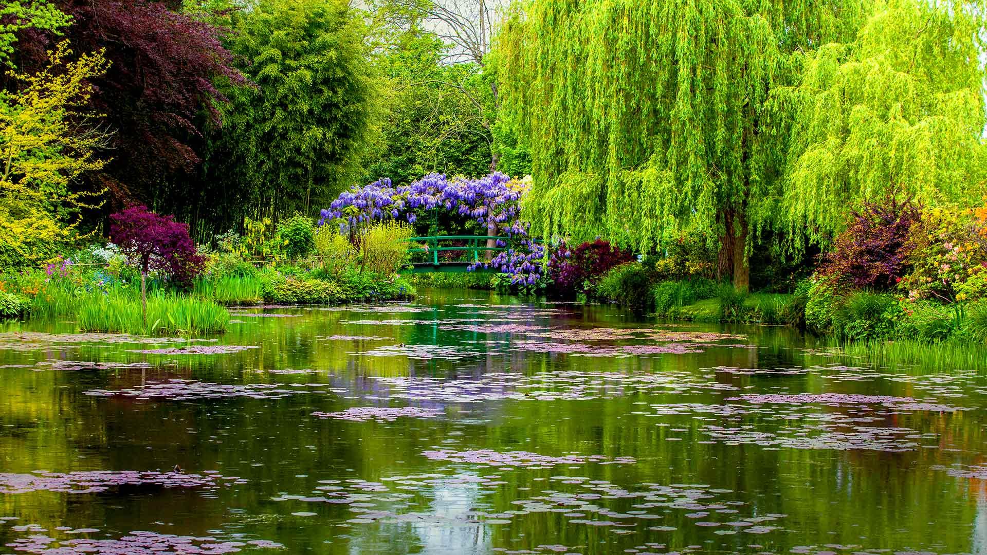 Giverny Garden Spring