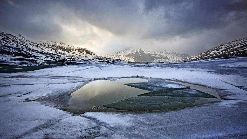 Frozen Mont Cenis Lake