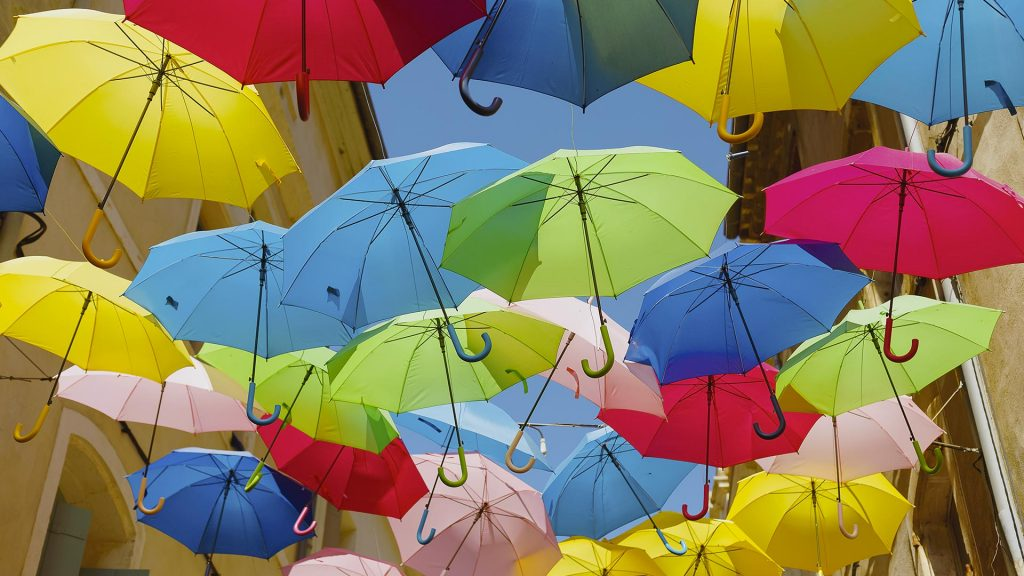Umbrellas March Beziers
