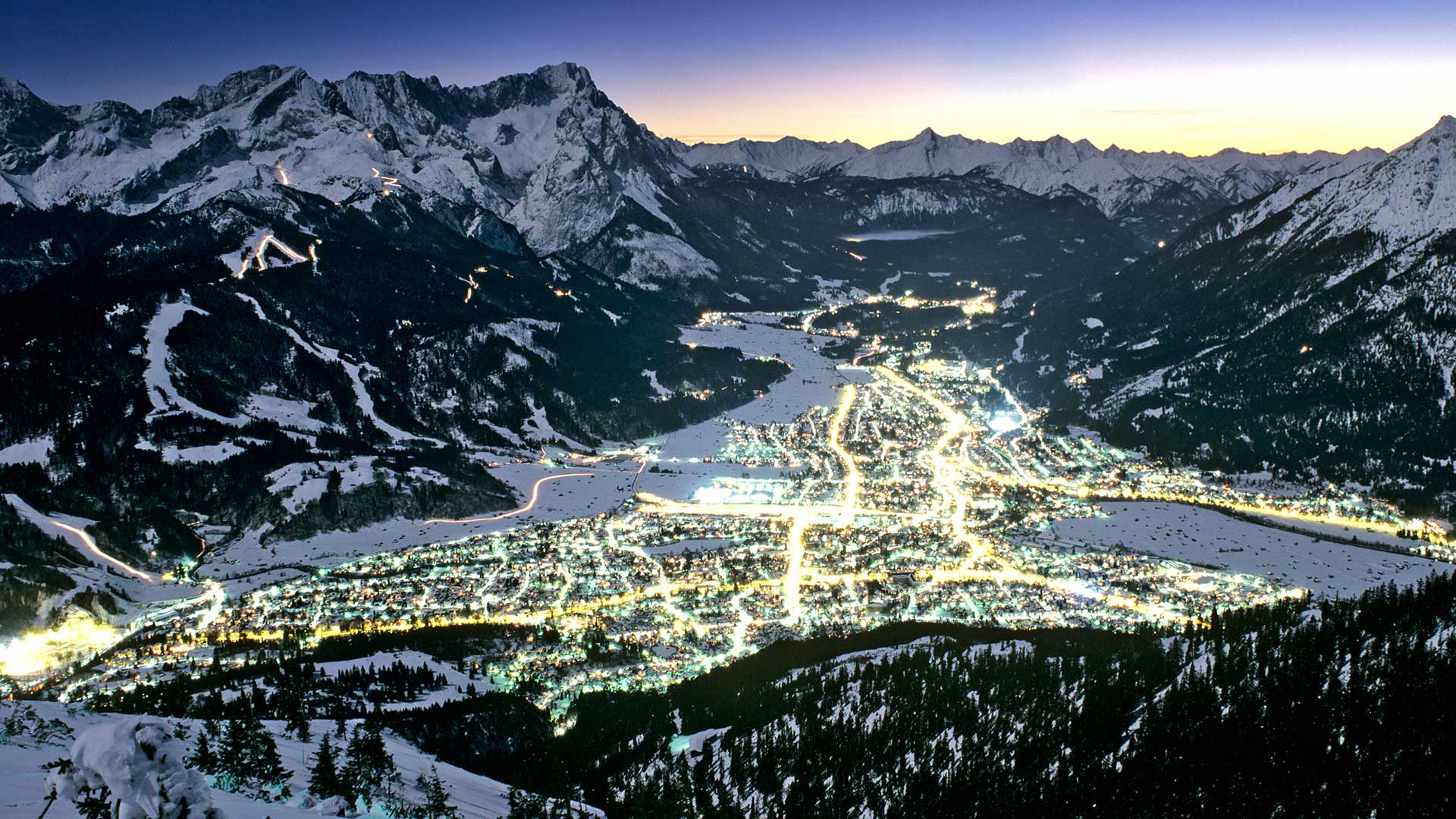 Garmisch Partenkirchen Night