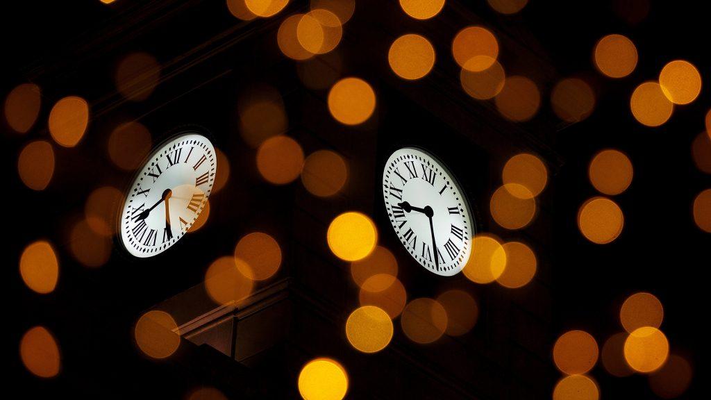 Grapes Clock