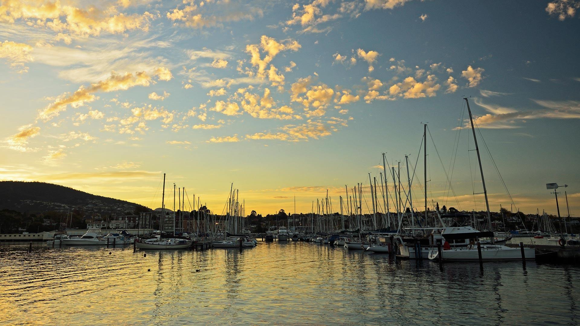 Sandy Bay Marina